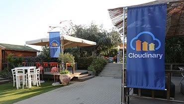 conference-hotel-entrance